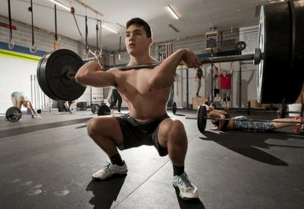 Musculation pendant la croissance de l'adolescence