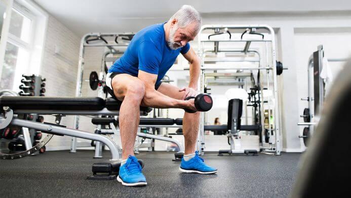 Commencer la musculation après 60 ans, l'alimentation idéale