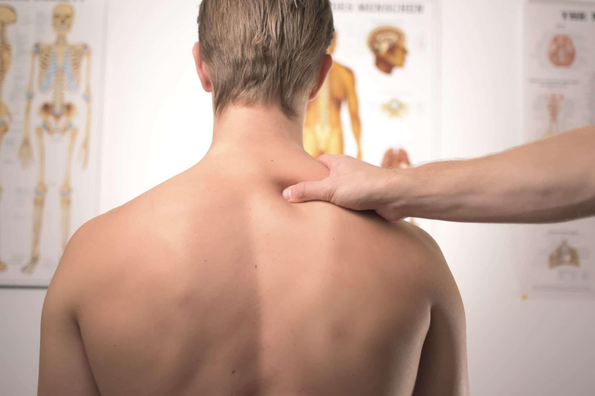 Comment muscler et développer son cou rapidement?