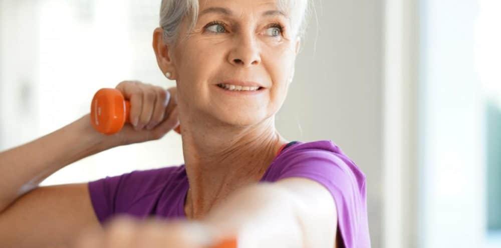 Se mettre à la musculation quand on est une femme de 60 ans