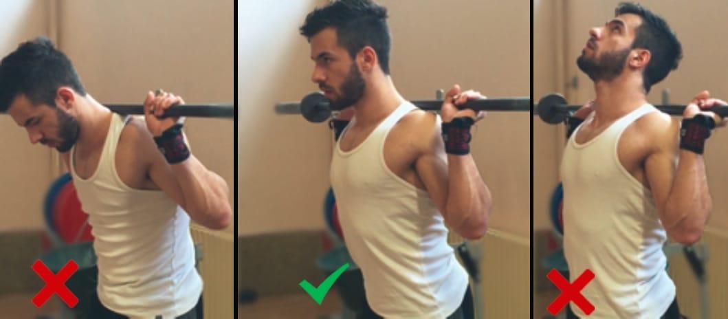 position poitrine squat