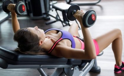 exercice pectoraux femme