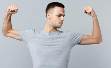 Long et court biceps