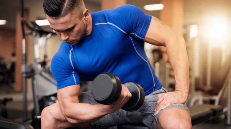 Tout savoir sur l'étirement des biceps et leurs avantages