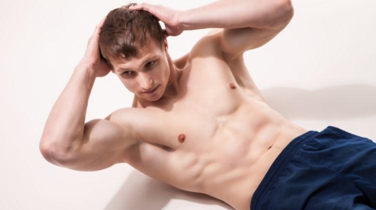 Guide complet sur les crunchs obliques pour travailler les abdos